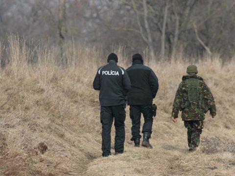 Preventívna policajná akcia (foto: J. Lengyel)